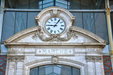 Reloj del mercado, Angulema, Francia