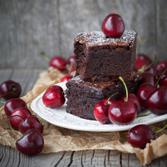 Brownies with fresh berry
