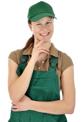 Freundliche Gärtnerin in Arbeitskleidung
