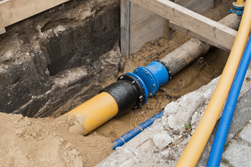 Eine alte und eine neue Gasleitung müssen noch verbunden werden