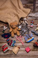 Altes Kinderspielzeug: Witzige Weihnachtskarte oder Gutschein