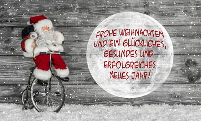 Weihnachtskarte in rot weiß mit Text und Santa Claus