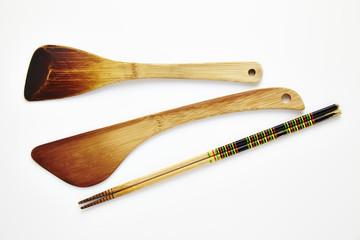 ヘラと菜箸