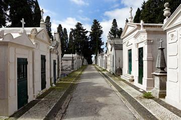 Cemetery street