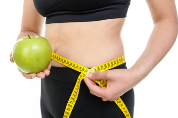 Dieta, giovane ragazza con mela