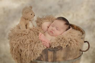 Baby in der Wanne