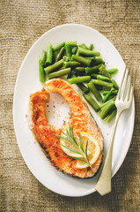 crispy grilled salmon steak with green beans