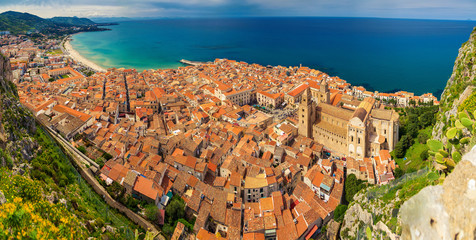 village Cefalu from above
