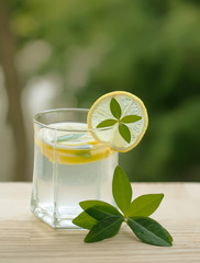 lemonade or lemon squash as summer beverage to quench your thirs
