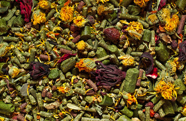 Dried herbs and pellets