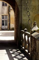 Pont levis du château de Bannegon classé monument historique