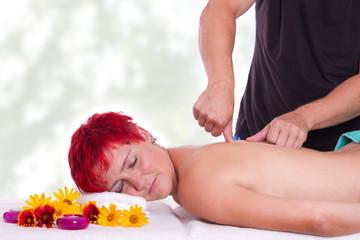 Punkt-Massage, Druckmassage auf die Marmapunkte