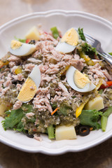 Tuna Salad with boiledegg, blackolive and potato