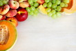 cornice di frutta estiva