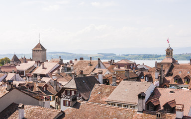 Murten, historische Altstadt, Dächer, Rathaus, Sommer, Schweiz