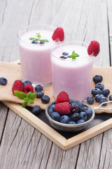 Milkshake with fresh berries