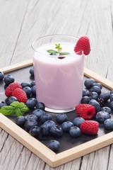 Milkshake with fresh berries