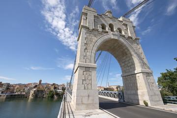Puente en el río Ebro, Amposta, Cataluña, España