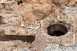 Leinwanddruck Bild - Alte gemauerte Kanalschächte in einer Baugrube