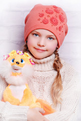 девочка, игрушка, шапочка