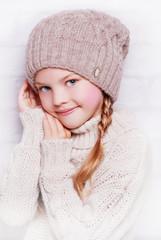 вязанная детская шапочка
