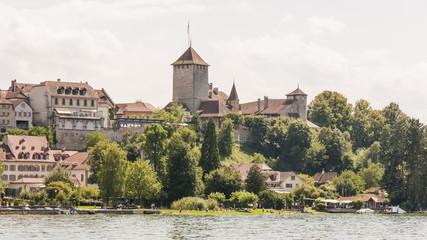 Murten, Altstadt, Seeufer, historisches Schloss, Schweiz
