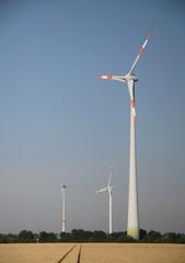 Windräder in der Natur