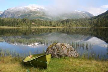 Morgenstimmung am See in Norwegen