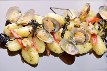 gnocchi di patate con le vongole