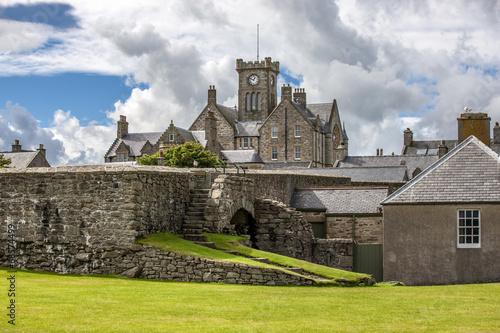 Fotobehang Noord Europa Lerwick, Town Hall, Shetland, Scotland
