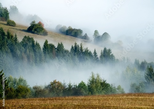 Hills and fog © Milan Surkala