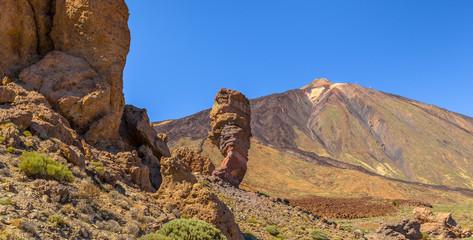 Roques de Garcia and Cinchado, rocks formation and Teide volcano