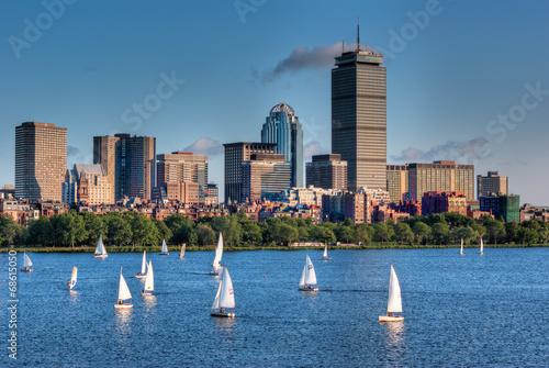 Fotobehang Verenigde Staten Boston Skyline and Sailboats