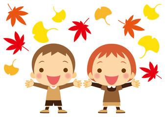 秋の彩り 喜ぶ幼児