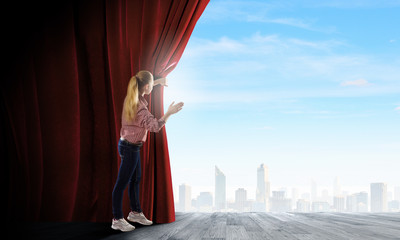 Opening curtain