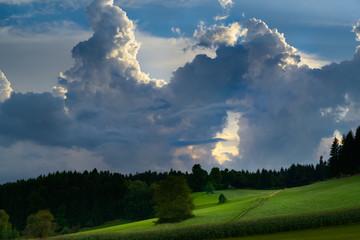 Himmelstor in den Gewitterwolken