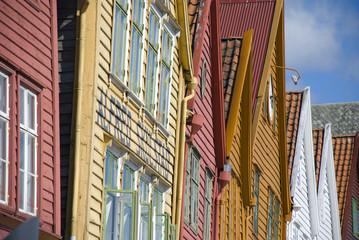 fassade der holzhäuser von bryggen in Bergen, Norwegen