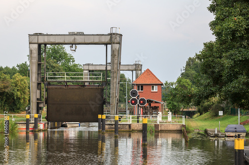 Fotobehang Kanaal Mirower Schleuse (Mecklenburg-Vorpommern)