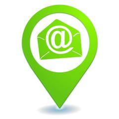 email sur symbole localisation vert