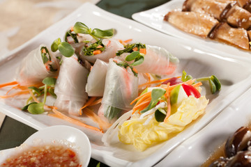 Vietnam springroll, vegetable covered large size with sauce