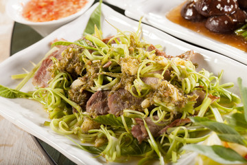 beef and morning glory, mix of raw morning glory and beef, Thai