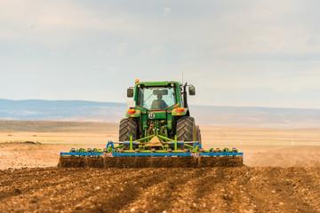 Tractor Labrando