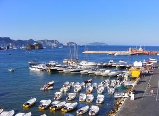 Isola di Ponza. Porticciolo