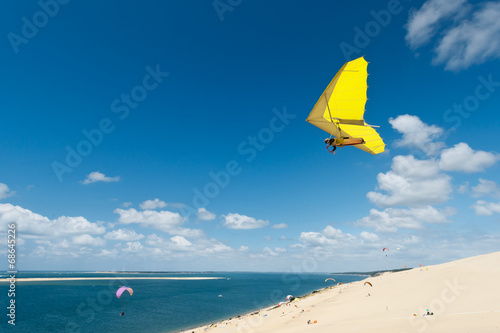 Deurstickers Luchtsport Deltaplane dune du Pilat