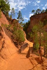 Tourisme - Le sentier des ocres à Roussillon 04