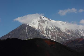 Снег на вулкане