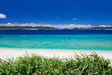 沖縄の海・阿嘉島-ニシハマビーチ