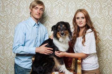 Pärchen mit Hund