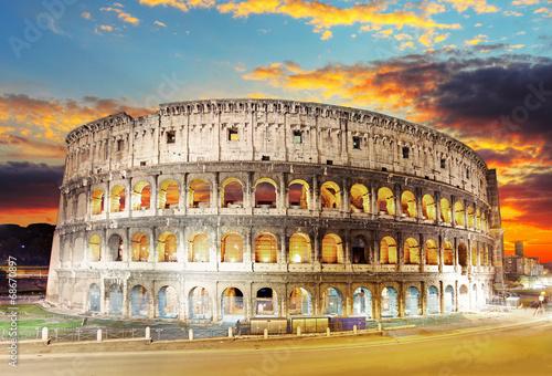 Rome - Colosseum - 68670897
