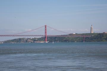 Lisbonne : pont du 25 avril